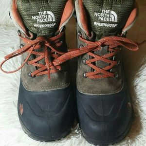 The North Face Microfleece Lined Boots- Size 6
